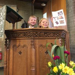 Rev Hazel welcomed Year 1 when they visited St Francis Church.